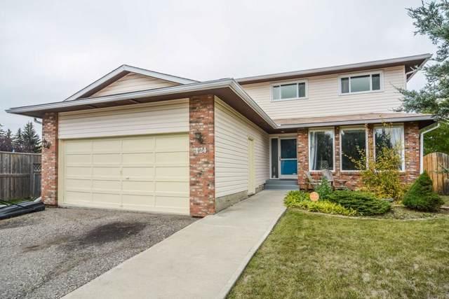 124 Woodside Bay SW, Calgary, AB  (#C4271602) :: Redline Real Estate Group Inc
