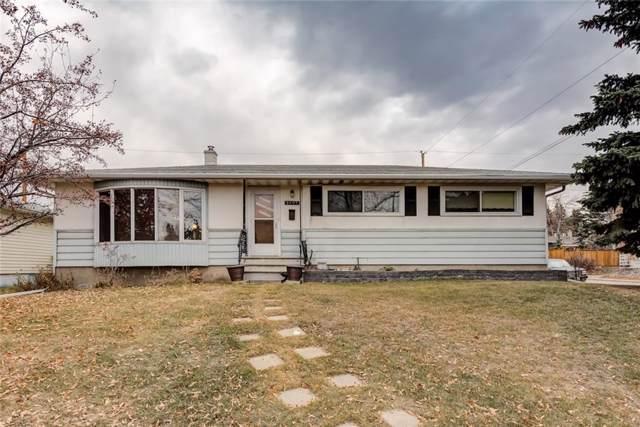 2403 37 Street SW, Calgary, AB T3E 3A8 (#C4271935) :: Virtu Real Estate