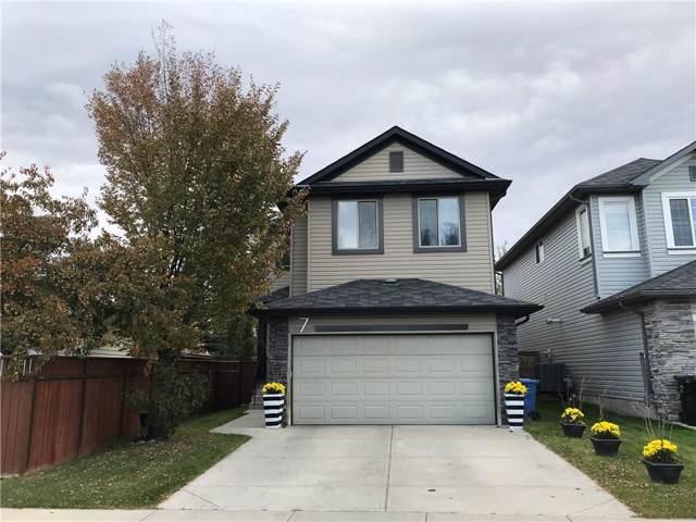7 Cranfield Manor SE, Calgary, AB T3M 1K5 (#C4272292) :: Calgary Homefinders