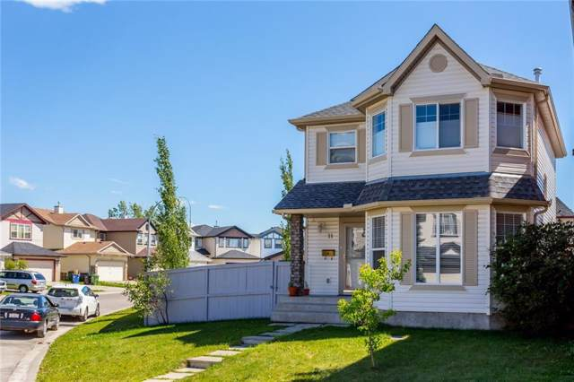 11 Saddlecrest Close NE, Calgary, AB T3J 5B5 (#C4272470) :: Redline Real Estate Group Inc