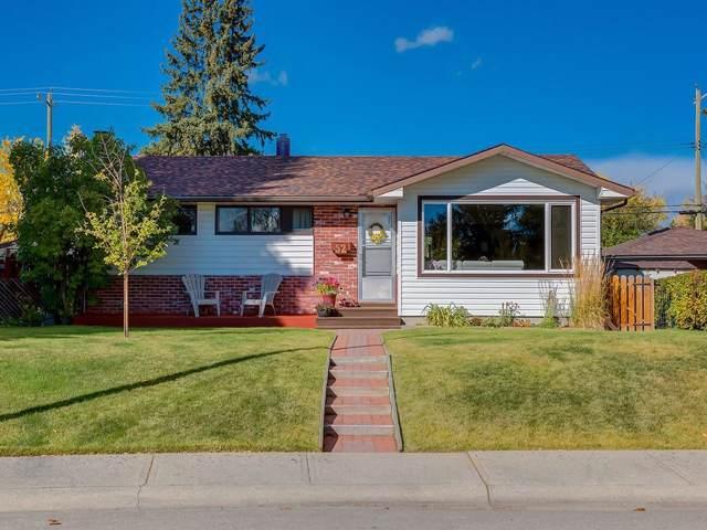 52 Granlea Place SW, Calgary, AB T3E 4K2 (#C4273001) :: Redline Real Estate Group Inc