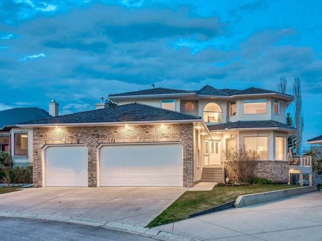 18 Silver Creek Manor NW, Calgary, AB T3B 5L3 (#C4273916) :: Canmore & Banff