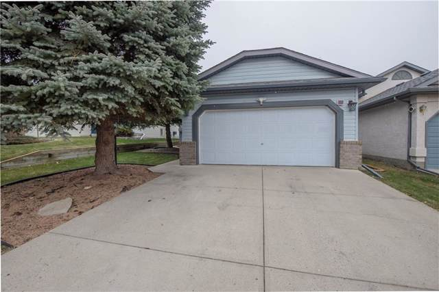 15 Shawbrooke Crescent SW, Calgary, AB  (#C4274179) :: Virtu Real Estate