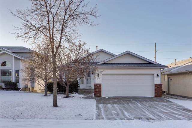 27 Schubert Hill(S) NW, Calgary, AB T3L 1W4 (#C4274359) :: Virtu Real Estate