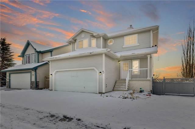 67 Silver Creek Boulevard NW, Airdrie, AB T4B 2P6 (#C4274503) :: Calgary Homefinders