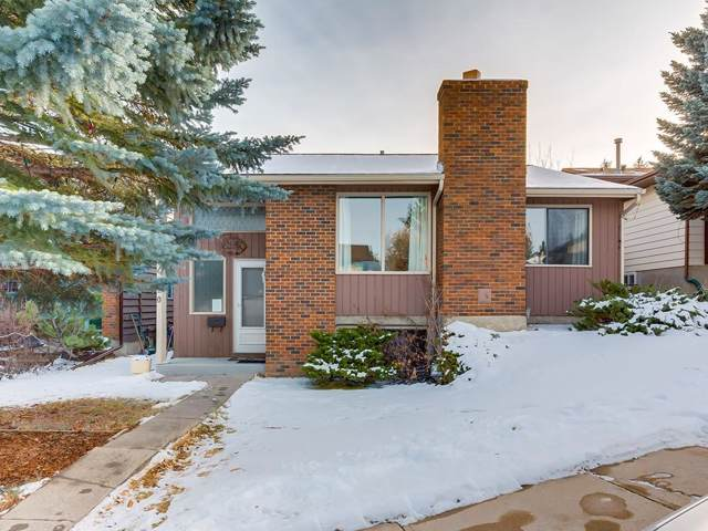 120 Strathcona Close SW, Calgary, AB T3H 1L3 (#C4274511) :: Canmore & Banff