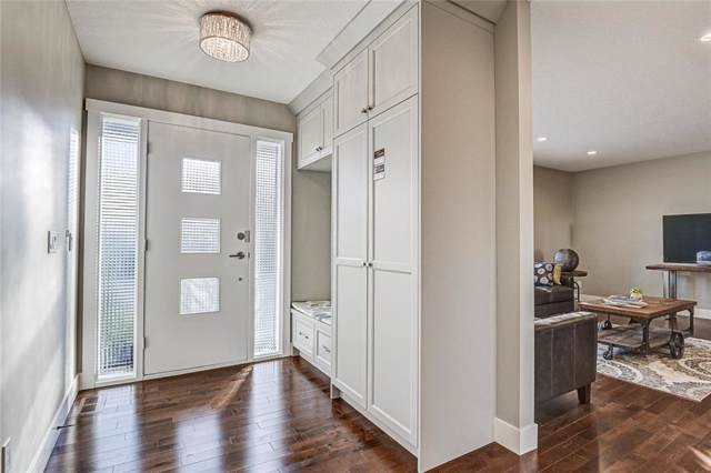 25 Chisholm Crescent NW, Calgary, AB T2L 0Y9 (#C4275984) :: Redline Real Estate Group Inc