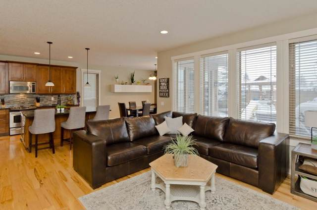 72 Mike Ralph Way SW, Calgary, AB T3E 0H8 (#C4278630) :: Redline Real Estate Group Inc