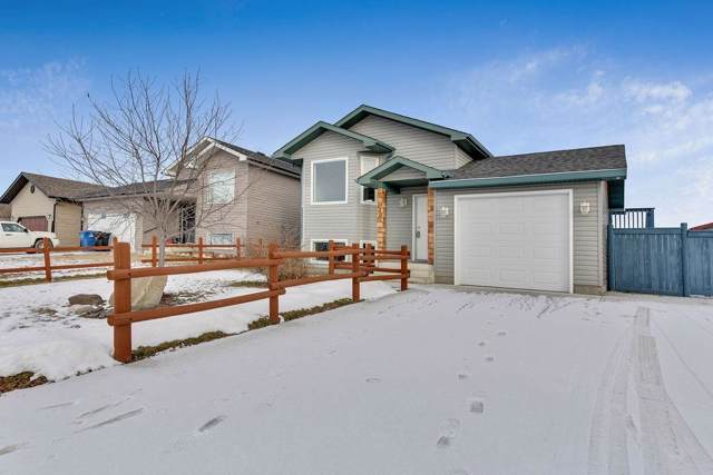 130 Meadowpark Drive, Carstairs, AB T0M 0N0 (#C4278814) :: Redline Real Estate Group Inc