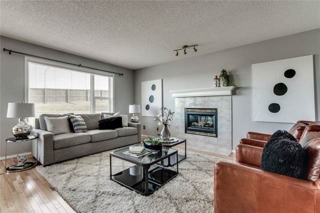 148 Edgebrook Park NW, Calgary, AB T3A 5T8 (#C4279457) :: Canmore & Banff