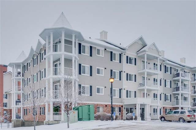 31 Country Village Manor NE #4205, Calgary, AB T3K 0T3 (#C4279879) :: Redline Real Estate Group Inc