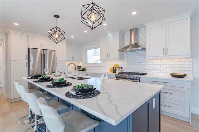3704 58 Avenue SW, Calgary, AB T3E 5H6 (#C4280534) :: Virtu Real Estate
