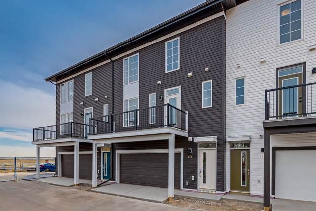 135 Walgrove Common SE, Calgary, AB T2X 4C2 (#C4281406) :: Redline Real Estate Group Inc