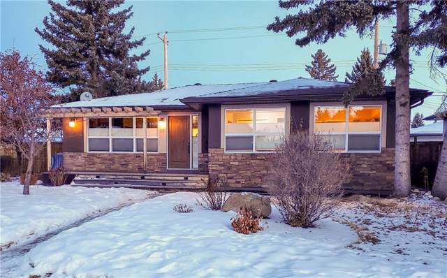 16 Wakefield Drive SW, Calgary, AB T3C 2W7 (#C4282127) :: Redline Real Estate Group Inc