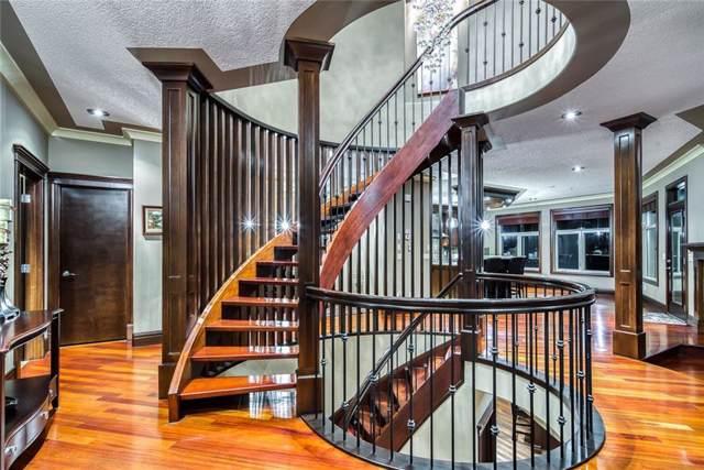 30 Aspen Meadows Heath SW, Calgary, AB T3H 5Z6 (#C4282323) :: Virtu Real Estate