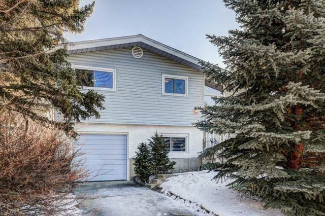32 Cheyenne Crescent NW, Calgary, AB T2L 0Z2 (#C4282576) :: Western Elite Real Estate Group
