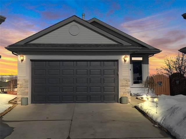 27 Valley Stream Place NW, Calgary, AB T3B 5W1 (#C4286969) :: The Cliff Stevenson Group