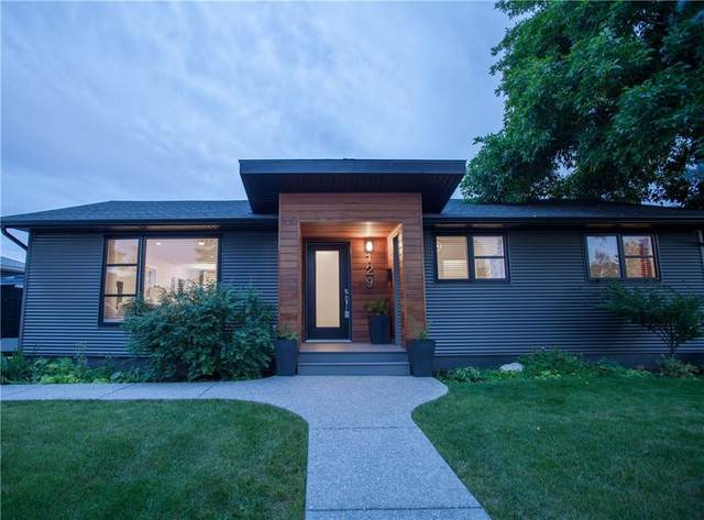 129 Winchester Crescent SW, Calgary, AB T3C 2V4 (#C4288260) :: The Cliff Stevenson Group