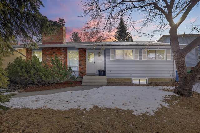 223 Brookpark Drive SW, Calgary, AB T2W 2W7 (#C4289379) :: The Cliff Stevenson Group