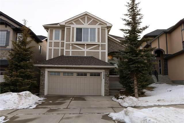 1228 Sherwood Boulevard NW, Calgary, AB T3R 1P8 (#C4290065) :: The Cliff Stevenson Group