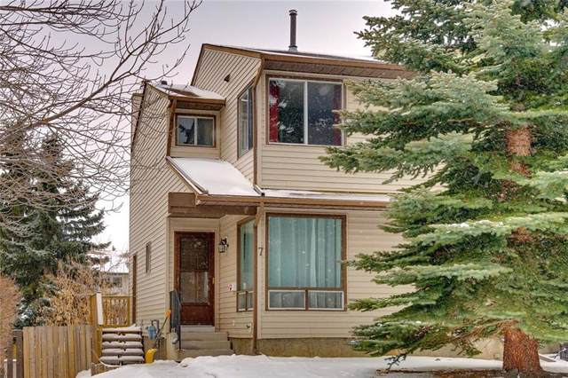 7 Strathcona Crescent SW, Calgary, AB T3H 4Z4 (#C4291857) :: The Cliff Stevenson Group
