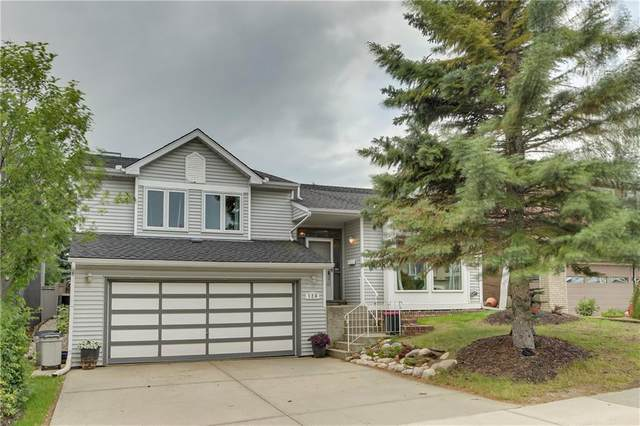 124 Straddock Crescent SW, Calgary, AB T3H 2S8 (#C4292271) :: Calgary Homefinders