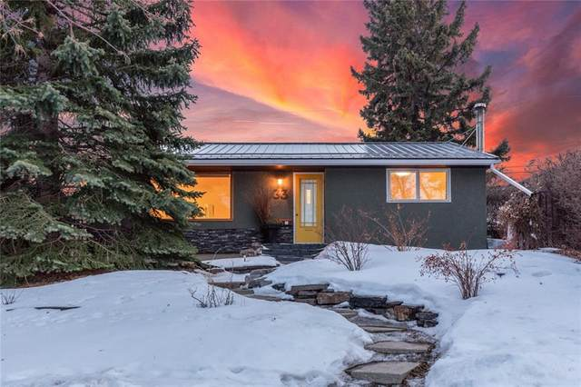 33 Chancellor Way NW, Calgary, AB T2K 1Y3 (#C4292603) :: The Cliff Stevenson Group