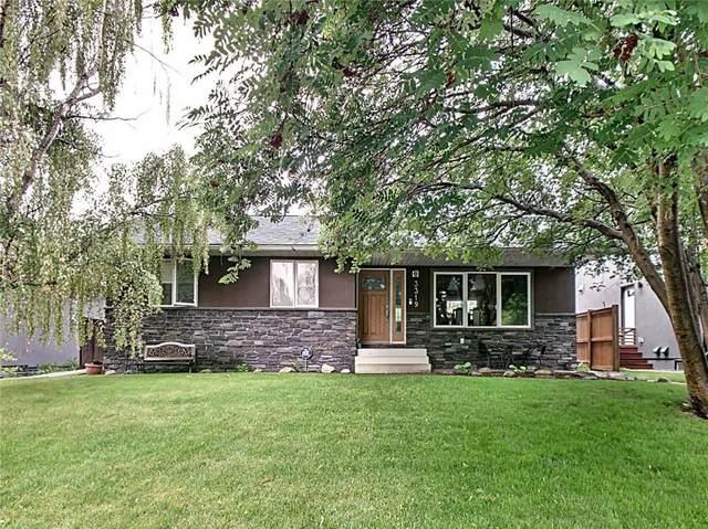 3319 Caribou Drive NW, Calgary, AB T2L 0S4 (#C4292768) :: Calgary Homefinders