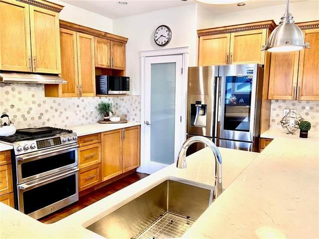 440 19 Avenue NE, Calgary, AB T2E 1P3 (#C4292911) :: Redline Real Estate Group Inc