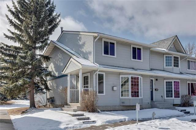 23 Bermuda Lane NW, Calgary, AB T3K 2T1 (#C4293121) :: Redline Real Estate Group Inc