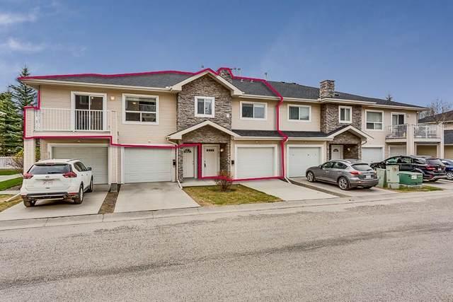 6711 Pinecliff Grove NE, Calgary, AB T1Y 7K8 (#C4297189) :: Calgary Homefinders