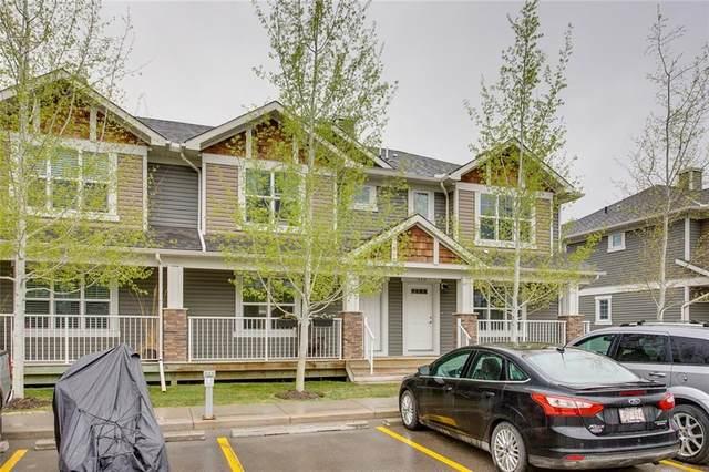 208 Cranberry Park SE, Calgary, AB T3M 1R3 (#C4297205) :: Virtu Real Estate