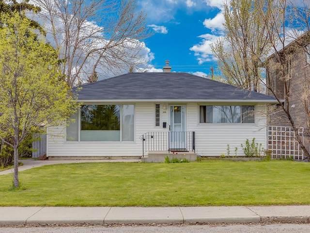 202 30 Avenue NE, Calgary, AB T2E 2C9 (#C4297817) :: Canmore & Banff