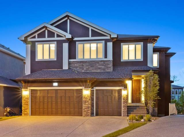 32 West Grove Bay SW, Calgary, AB T3H 0X6 (#C4297976) :: Canmore & Banff