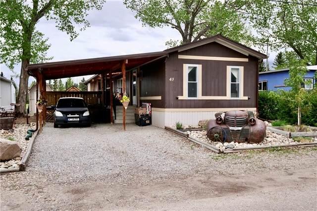 43 Mobile Drive, Three Hills, AB T0M 2A0 (#C4298027) :: Virtu Real Estate