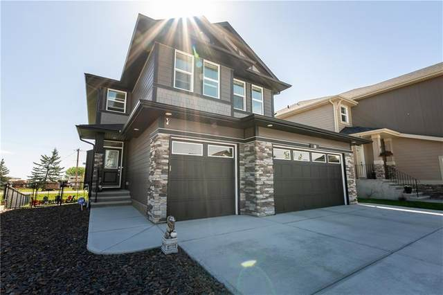 19 Ranchers Crescent, Okotoks, AB T1S 0L2 (#C4299732) :: Redline Real Estate Group Inc