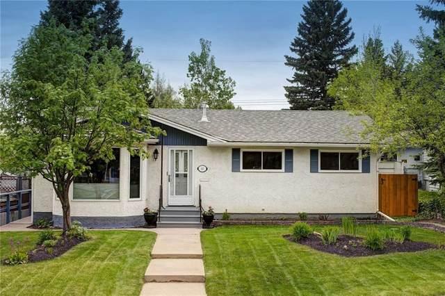 44 Hutton Crescent SW, Calgary, AB T2V 3B7 (#C4300159) :: Calgary Homefinders