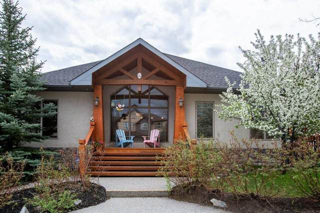 86 Discovery Ridge Manor SW, Calgary, AB T3H 5L8 (#C4300204) :: The Cliff Stevenson Group
