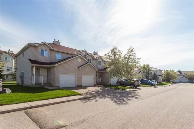 24 Douglas Glen Park SE, Calgary, AB T2Z 3Z3 (#C4300381) :: Calgary Homefinders