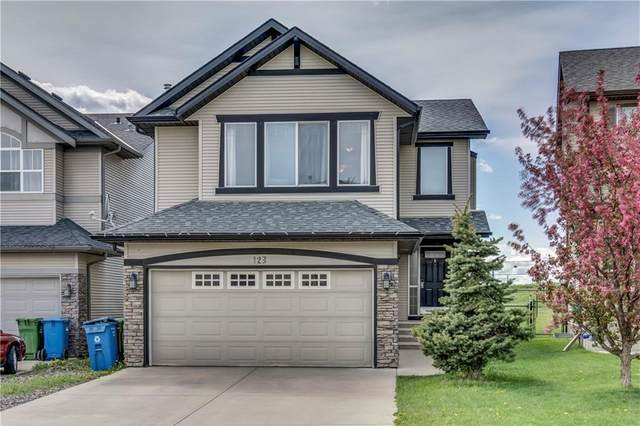 123 Cougarstone Court Sw Court SW, Calgary, AB T3H 5R4 (#C4300532) :: Calgary Homefinders