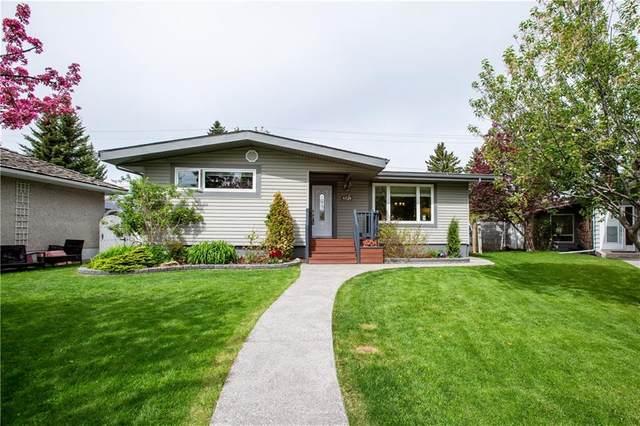 4824 Graham Drive SW, Calgary, AB T3E 4L2 (#C4300617) :: Redline Real Estate Group Inc