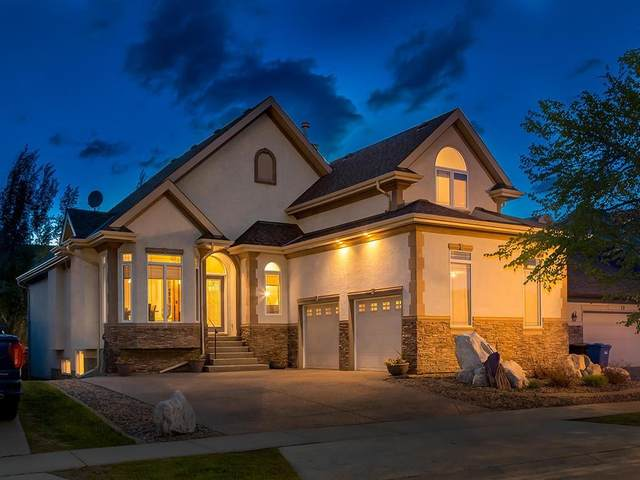 23 Discovery Ridge Lane SW, Calgary, AB T3H 4Y3 (#C4301120) :: Redline Real Estate Group Inc