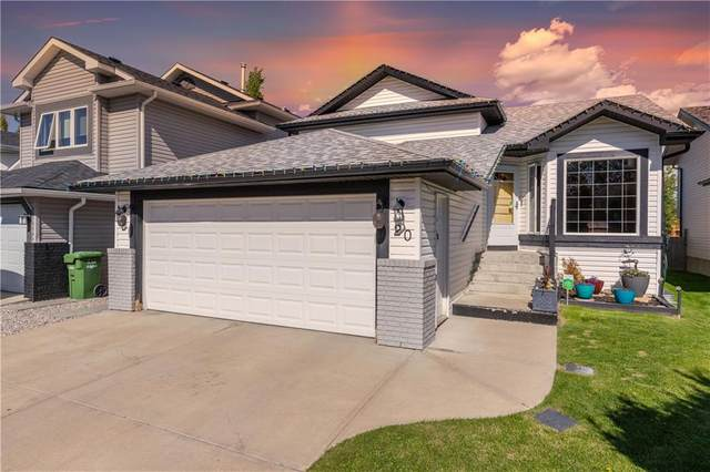 20 Woodside Road NW, Airdrie, AB T4B 2E4 (#C4301272) :: The Cliff Stevenson Group