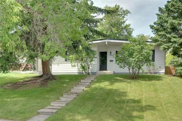 1020 Thorneycroft Drive NW, Calgary, AB T2K 3K8 (#C4303433) :: Calgary Homefinders