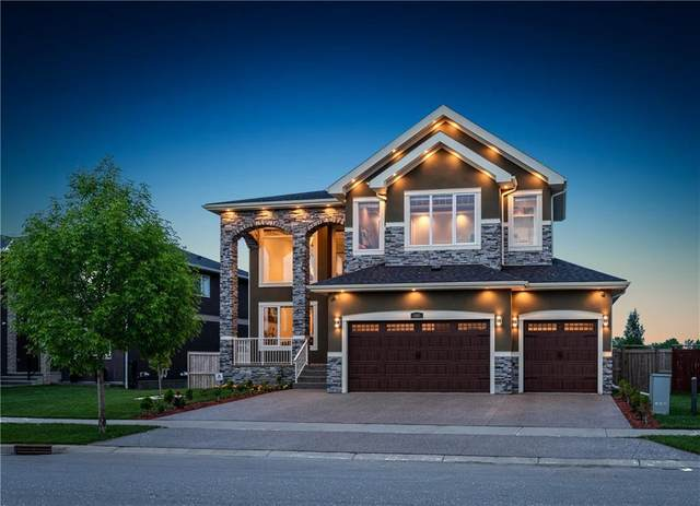 148 Kinniburgh Boulevard, Chestermere, AB T2T 3T3 (#C4304972) :: Canmore & Banff