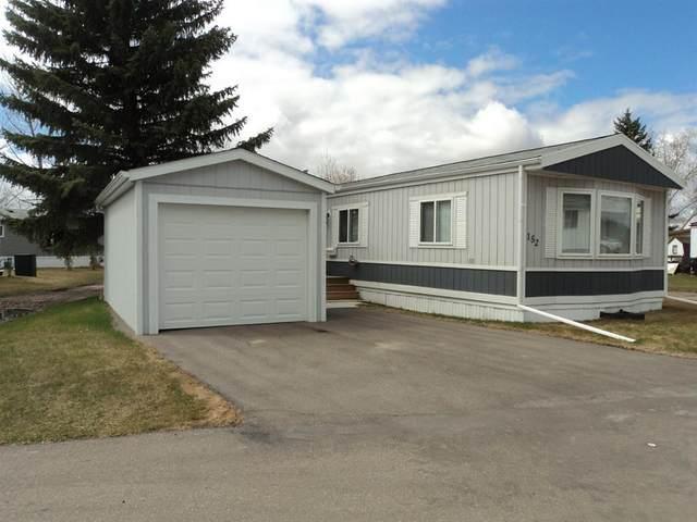 152 Parkland Acres, Lacombe, AB T4L 1S7 (#CA0185356) :: Canmore & Banff