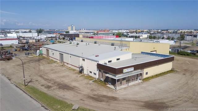 9620 109 Street, Grande Prairie, AB T8V 4E4 (#GP212073) :: Canmore & Banff