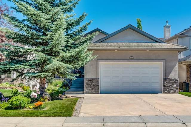95 Gleneagles Terrace, Cochrane, AB T4C 1W5 (#A1019605) :: Canmore & Banff