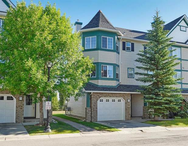 24 Cougar Ridge Mews SW, Calgary, AB T3H 5P4 (#A1029683) :: Western Elite Real Estate Group