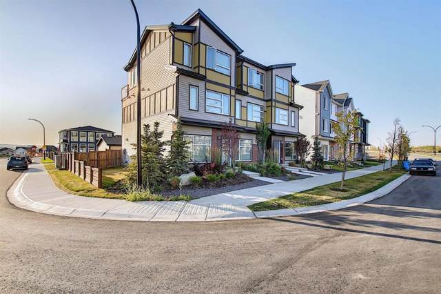 107 Lucas Boulevard NW, Calgary, AB T3P 1H8 (#A1035595) :: Canmore & Banff